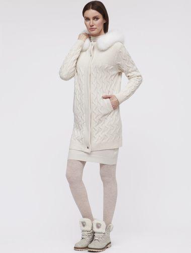 Белое кашемировое пальто женское